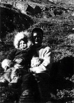 Фото №1 - Черный человек в белой пустыне
