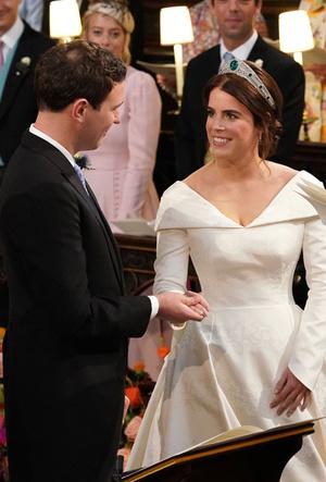 Фото №20 - Война невест: Меган Маркл или принцесса Евгения?