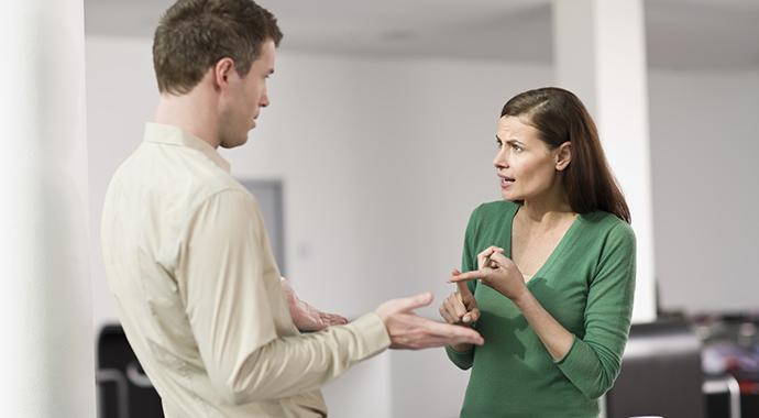 Как общаться с трудными людьми: 11 правил диалога