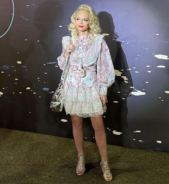 Фото №5 - Карнавал в коже vs Долина в мини: стилист вынесла враждующим звездам модный приговор