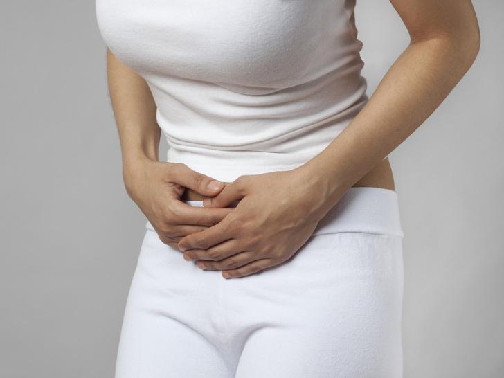 Фото №3 - 5 вещей, которые нельзя делать во время менструации (и почему)