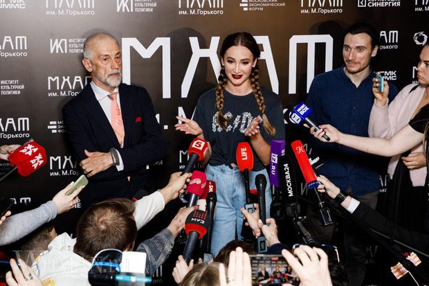 Фото №3 - Дом-3: Бузова пообещала вернуться в МХАТ и выступить в новом сезоне