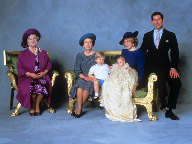 Фото №3 - Оскорбленные чувства: кто стал крестными принца Гарри, и что обидело принцессу Анну