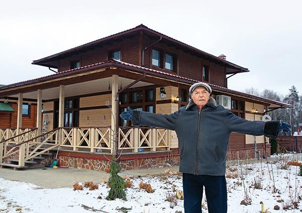 Фото №1 - Лев Дуров рассказал, какие сокровища хранит в доме
