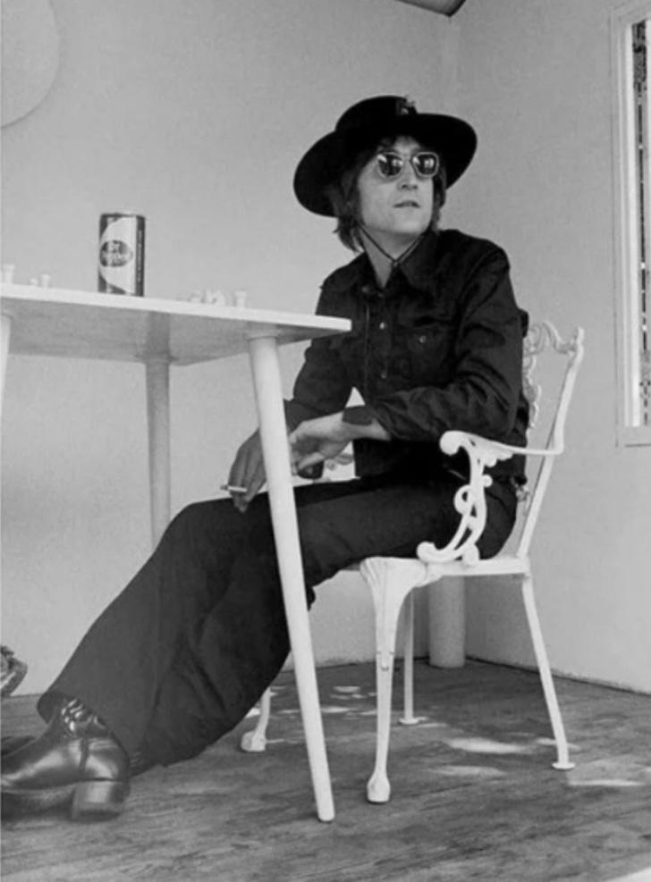Фото №1 - Дорогой Джон: факты о Джоне Ленноне