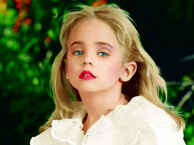 Фото №2 - Убийство Джонбенет Рэмси: загадочная история смерти 6-летней королевы красоты