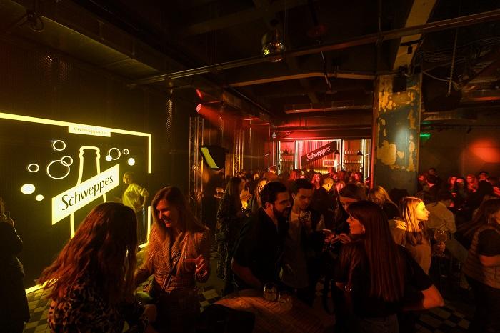 Фото №2 - В Москве вновь открылся Schweppes Bar