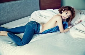 Фото №16 - Нескромные корейцы: 15 девушек-айдолов, которые не побоялись сняться топлес