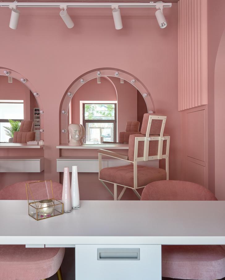 Фото №5 - Салон красоты Glossy & Go в Москве