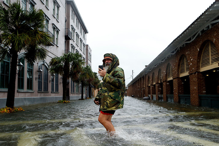 Фото №1 - В 2017 году количество атлантических ураганов увеличится