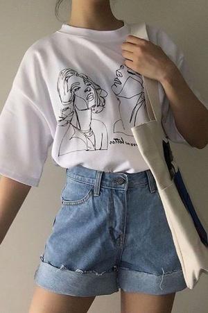 Фото №2 - С чем носить белую футболку: 10 простых и стильных образов