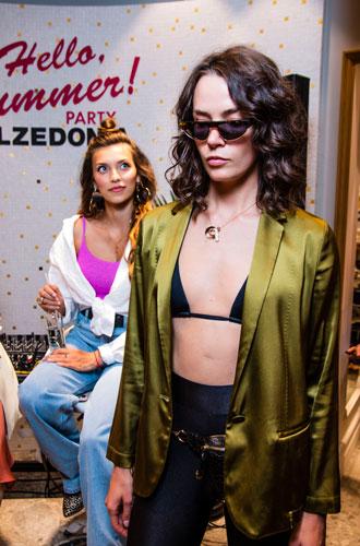 Фото №3 - Как прошла вечеринка Calzedonia: бьюти-правила Регины Тодоренко и пляжные образы от стилиста