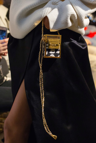 Фото №22 - Самые модные сумки осени и зимы 2019/20