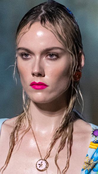 Фото №19 - Главные тренды макияжа весны и лета 2021