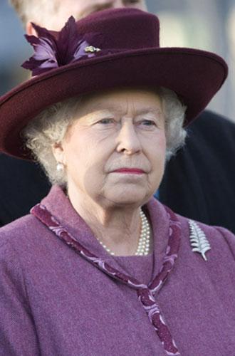 Фото №12 - Близко к сердцу: любимые броши Елизаветы II