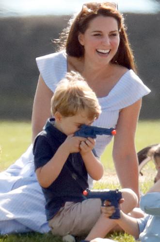 Фото №8 - Почему Кейт и Уильям прячут детей от публики на самом деле