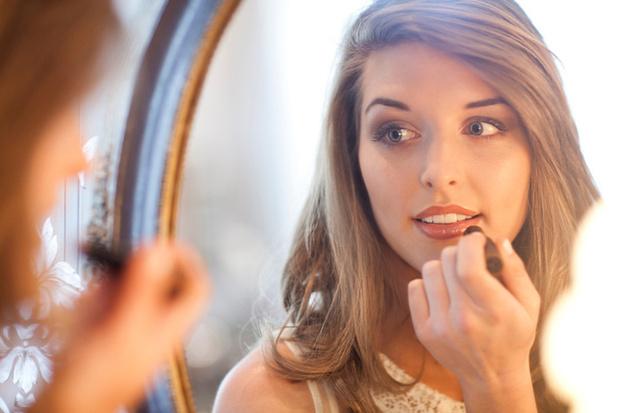 Фото №6 - Работа над ошибками: делаем макияж правильно