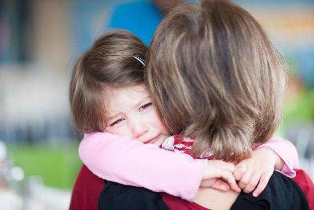 Бабушки не хотят помогать с ребенком, бабушки не дарят подарки