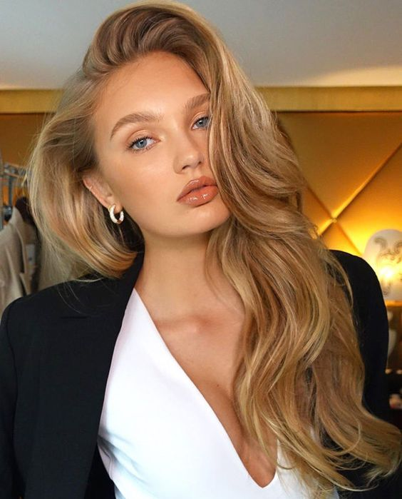 Фото №9 - Об ошибках при укладке волос и самом главном тренде 2021: рассказывает стилист по волосам сестер Кардашьян, Хейли Бибер и Эмили Ратаковски