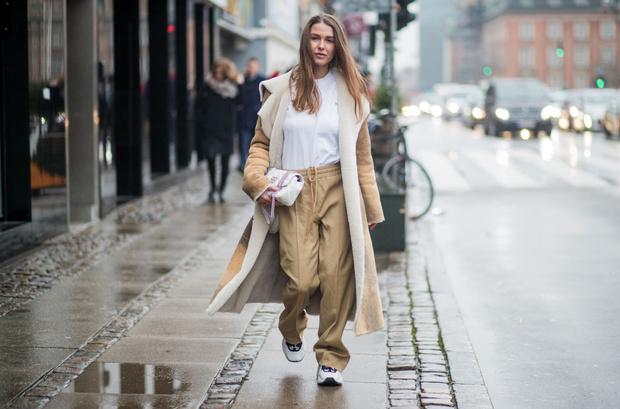 Фото №1 - Что такое ugly fashion и с чем сочетать ретро-кросы?