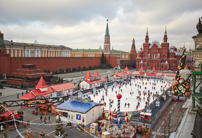 Фото №1 - Поехали кататься! 9 лучших катков в Москве