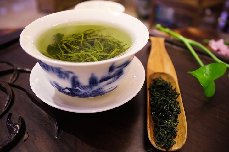 зеленый чай минусы