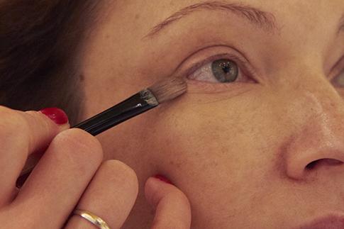 Фото №4 - Как сделать дневной макияж: мастер-класс Bobbi Brown