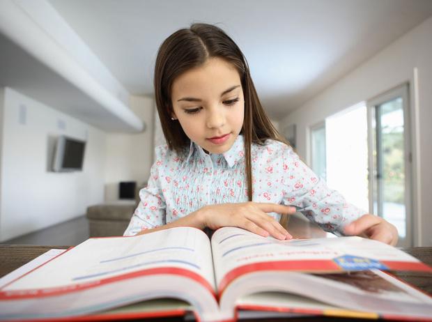 Фото №1 - 5 способов помочь ребенку выучить английский