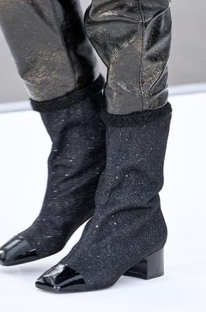 Фото №39 - Самая модная обувь: три главных цвета осени и зимы 2017/18