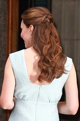 Фото №17 - Без затей: что на голове у беременных принцесс