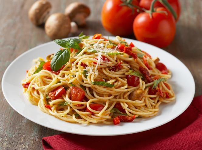 Фото №4 - Синьор помидор: простые и аппетитные блюда из томатов