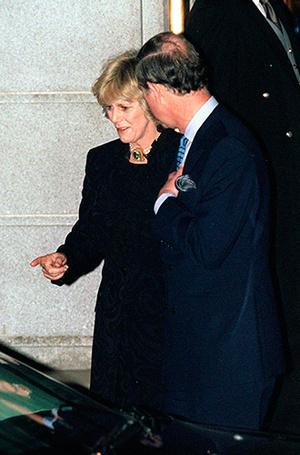 Фото №13 - В тени Дианы: как Камилла отвоевала популярность у принцессы Уэльской (и как ей помогал Чарльз)