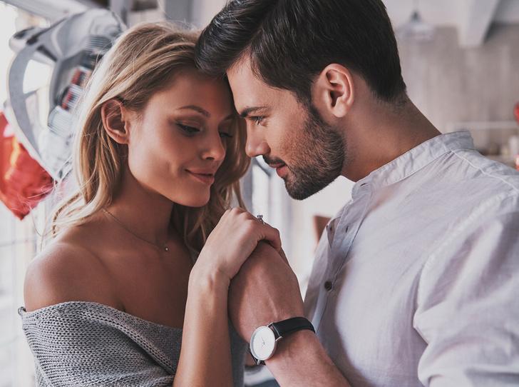 Фото №1 - 11 странных причин, почему мужчина влюбляется в женщину