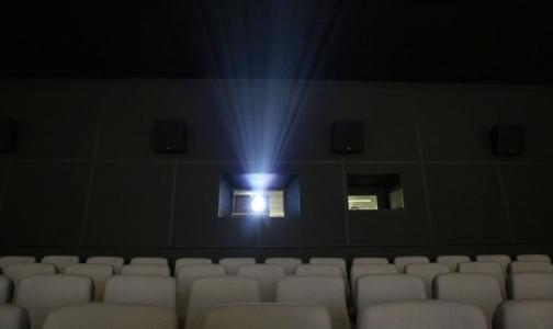 Фото №1 - Ученые МГУ выяснили, почему из-за 3D-фильмов болит голова