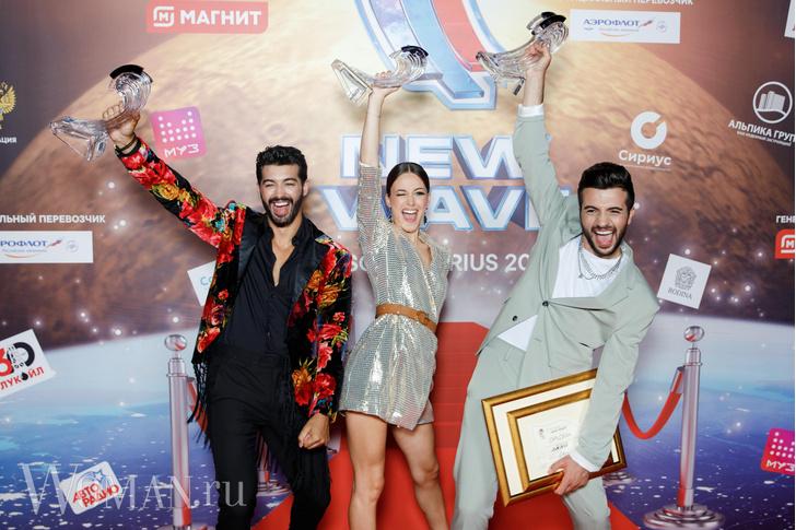 Фото №9 - Димаш с сестрой, Басков с красоткой-брюнеткой и помолодевшая Лолита поздравили победителя «Новой волны»