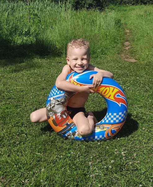 Фото №1 - Детский конкурс «Я на солнышке лежу»: голосуем за самое яркое фото