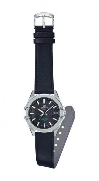 Фото №2 - Casio представили часы толщиной меньше (!) сантиметра