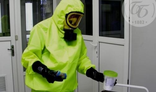 """Фото №1 - Борцы с лихорадкой Эбола обошли Путина - получили звание """"Человек года"""" по версии Time"""