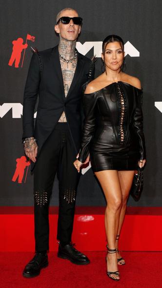 Фото №10 - Премия MTV VMA 2021: лучшие, худшие и самые яркие образы церемонии