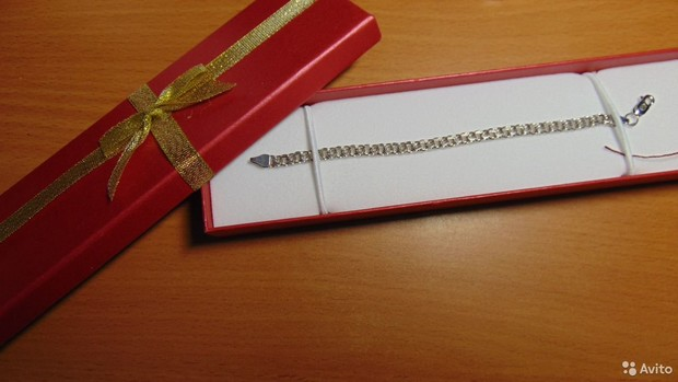 Фото №9 - 13 подарков, от которых чаще всего избавляются после праздников