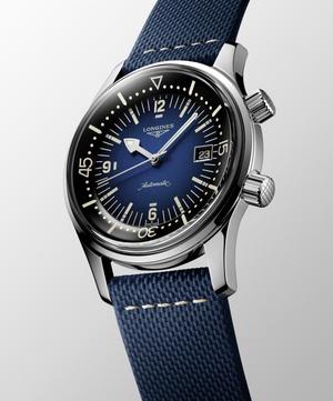 Фото №6 - На земле и под водой: новые версии легендарных часов Longines Legend Diver