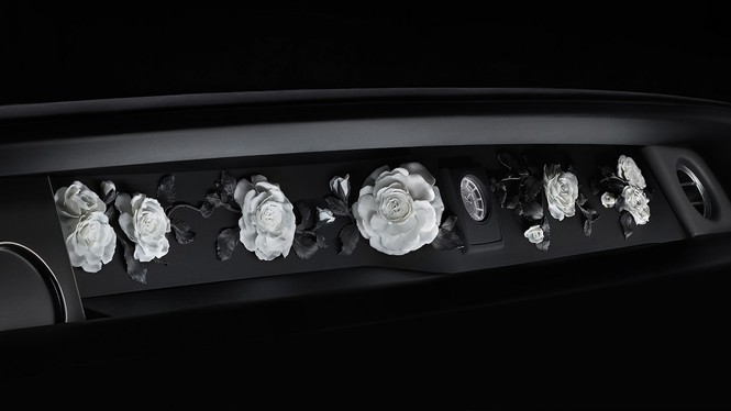 Фото №22 - Rolls-Royce Phantom VIII: представлен самый роскошный автомобиль от начала времен