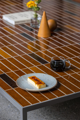 Фото №6 - Минималистское кафе в Токио по проекту Кэйдзи Асизавы