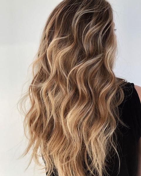 Фото №3 - Блондинка в законе: как осветлить волосы, если ты не готова к полноценному окрашиванию