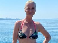 41-летняя Светлана Хоркина показала подтянутую фигуру в бикини