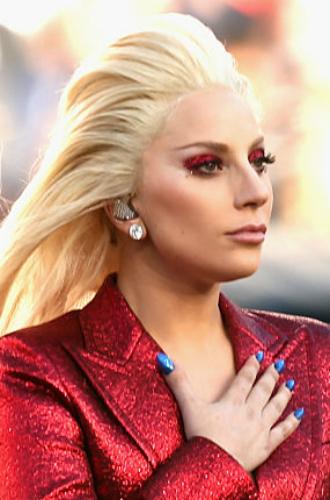 Фото №37 - Как хорошела Леди Гага: все о громких бьюти-экспериментах звезды