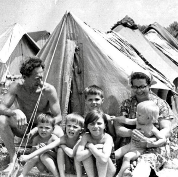 Фото №14 - Тепляковы по-советски: как эксперимент семьи Никитиных, воспитывавших людей будущего, не сделал из детей гениев