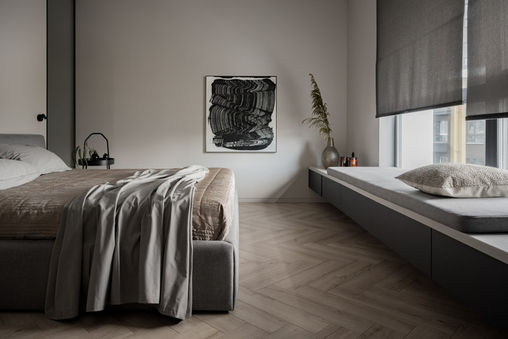 Фото №8 - Минималистская квартира в доме с радиусной планировкой