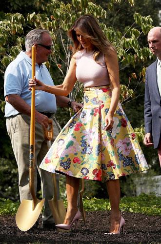 Фото №19 - 5 ложек дегтя: почему стиль Мелании Трамп не так хорош, как кажется