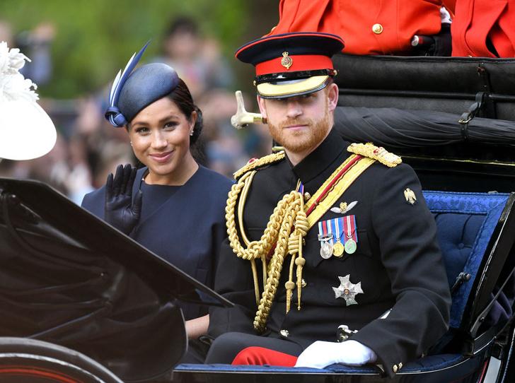 Фото №5 - Сбежали из дворца: чем грозит уход Гарри и Меган из БКС, и как изменится их жизнь